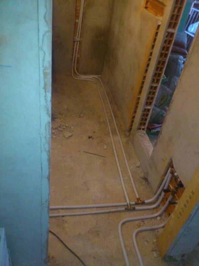 Instalación de fontanería de baño