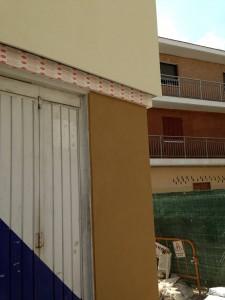 Fachada de local con sistema #coteterm  de #parex